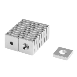 Block magnet 20x20x4 with countersunk borehole